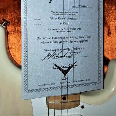 Mary Kaye Tribute Stratocaster #001 - Fender Custom Shop, Translucent Blonde