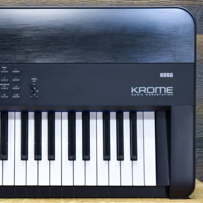Korg Krome 88 Hammer Action 88-Key Music Workstation Keyboard Synthesizer