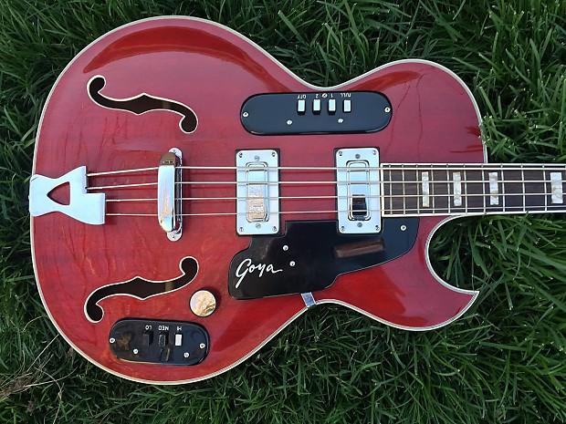 GOYA 1965 VINTAGE PANTHER BASS GUITAR - All Original - Case