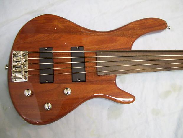 fretless bass guitar 5 string reverb. Black Bedroom Furniture Sets. Home Design Ideas