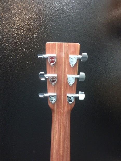 Martin X1 De Acoustic Electric Reverb