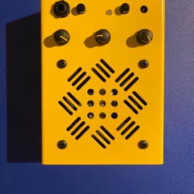 Critter & Guitari Terz Amplifier Yellow