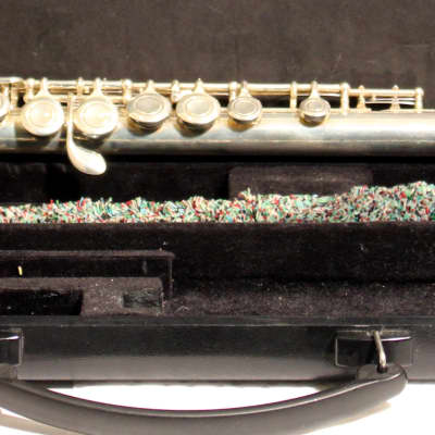 Yamaha student flute model 221 silver-plated