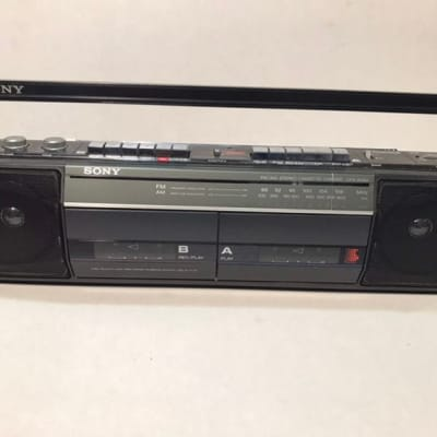 Sony CFS-W301 Sound Rider Dual Cassette Recorder AM/FM Stereo Boombox