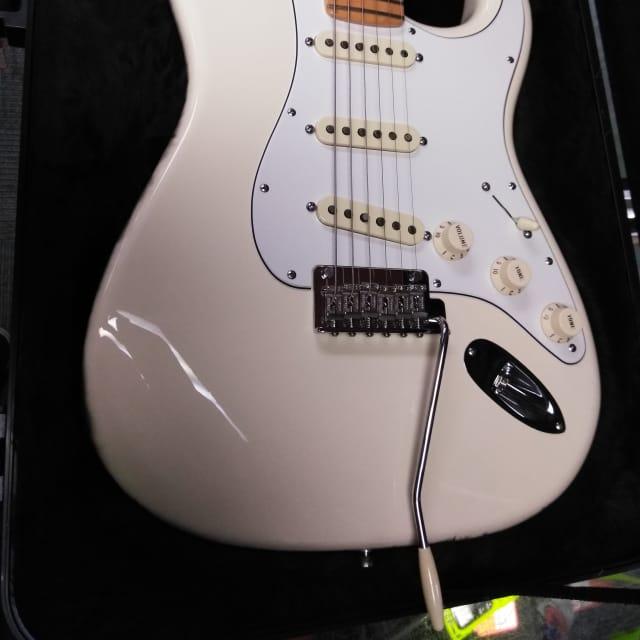 Fender American Standard Stratocaster, Olympic White image
