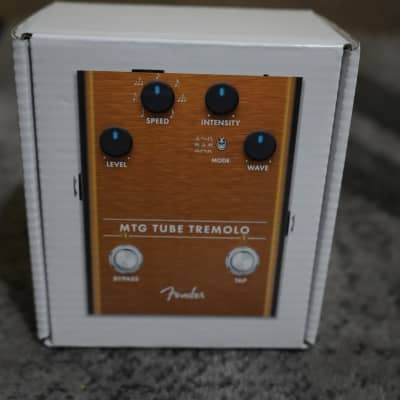 Fender  MTG Tube Tremolo (Open Box)
