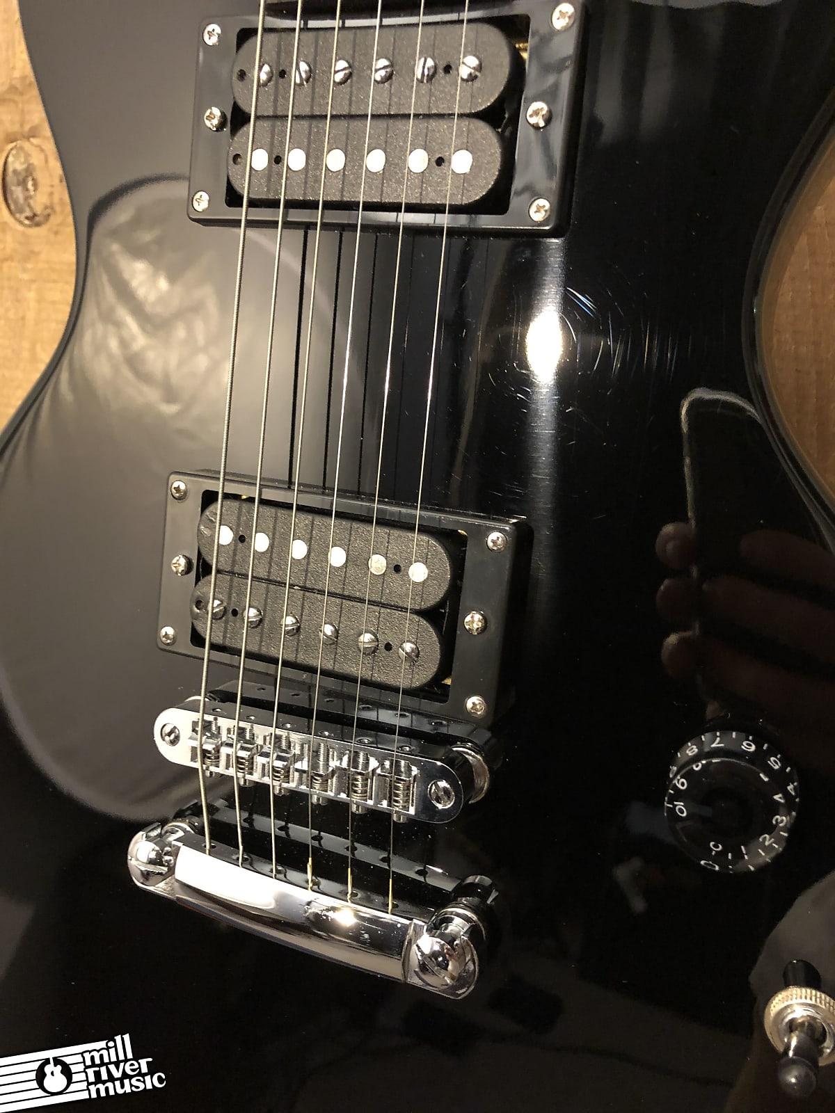 Indio by Monoprice 66 Classic V2 Singlecut Electric Guitar Black w/ Gig Bag