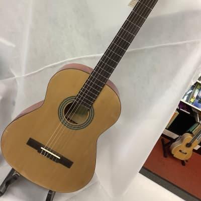 Jose Ferrer Estudiante 4/4 Full size Classical Guitar Natural