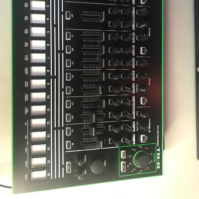 Roland AIRA TR-8 Rhythm Performer with 7x7 Expansion