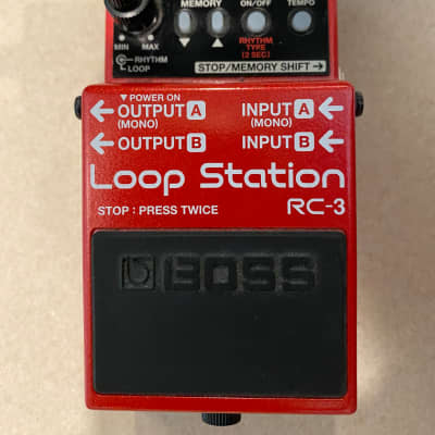 Boss RC-3 Loop Station + free instrument cable