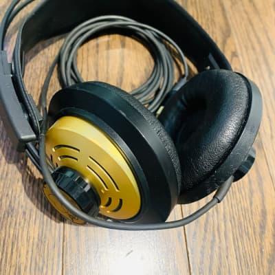 AKG K-141 Headphones
