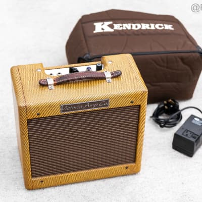 Victoria 518 Tweed Champ 1x8 Combo Guitar Amplifier with bag . for sale