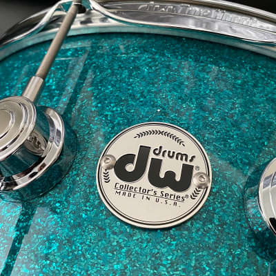 "DW Collectors Series 6.5"" x 14"" Maple Standard 10 ply  in Teal Glass with Chrome Hardware"
