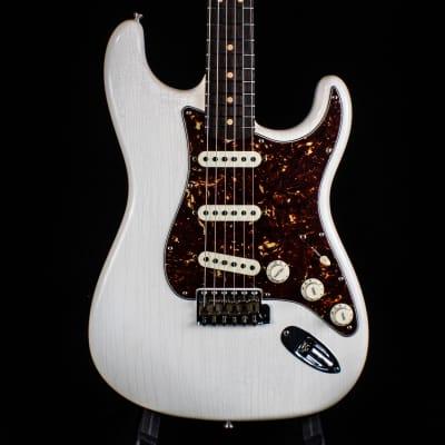 Fender Custom Masterbuilt Yuriy Shishkov 63 Stratocaster Jouneyman Relic Aged Arctic White (YS2856) for sale