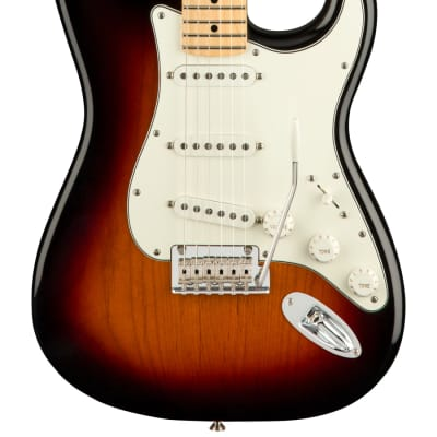 NEW Fender Player Stratocaster - 3-Color Sunburst (814)