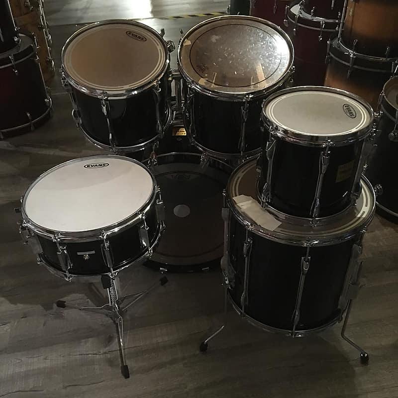 used yamaha rock tour custom 6pc drum set black glitter reverb. Black Bedroom Furniture Sets. Home Design Ideas