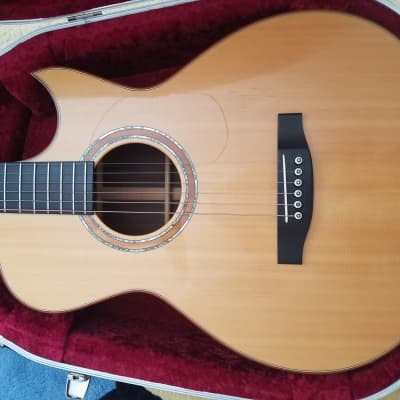 Lakewood M-32 12 fret Acoustic Guitar for sale