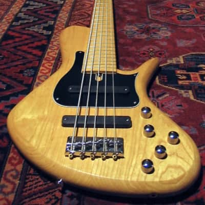 Benavente SCD Standard 5 String Bass for sale