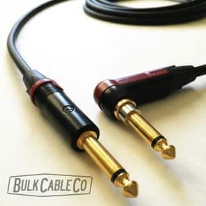Mogami 10 FT Pro Guitar 2524 Cable - Neutrik Right Angle Silent Connector To Neutrik Straight Plug