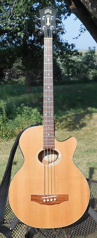 Guild B4CE Acoustic Electric Bass Guitar 1993 VG w/ Guild HSC Made in USA