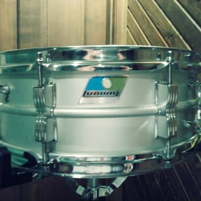 """Ludwig No. 404 Acrolite 5x14"""" Aluminum Snare with Pointed Blue/Olive Badge 1970s"""