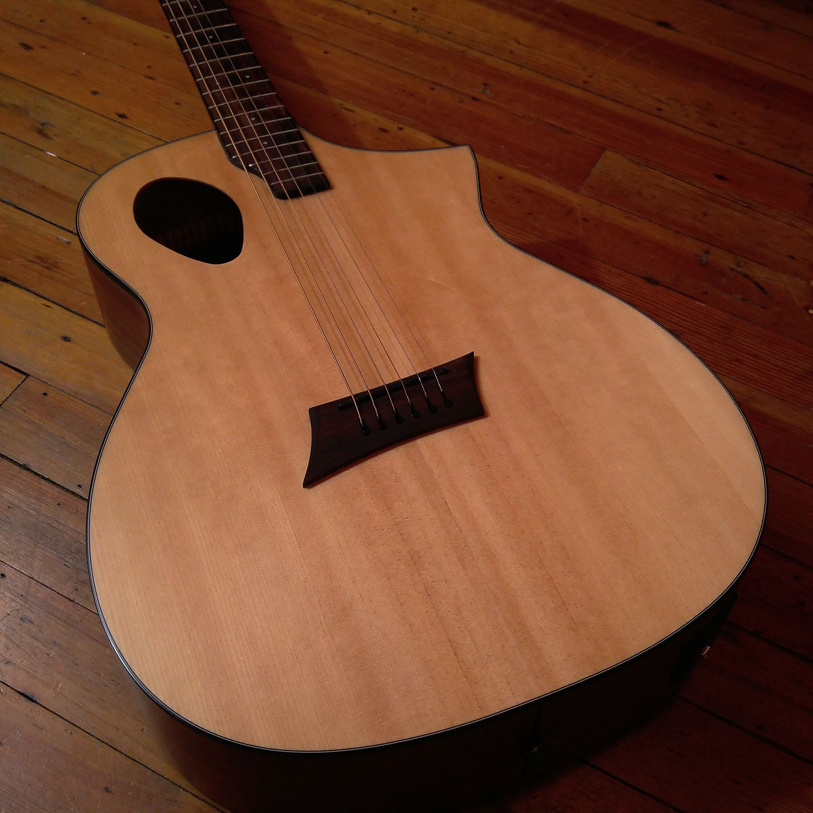 Michael Kelly Forte Port Offset Soundhole Cutaway Acoustic Electric