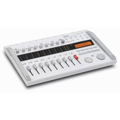 Zoom R16 - Multi-Track Recorder, Interface, Controller