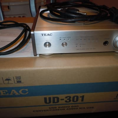 TEAC UD-301 Digital-to-Analog Converter, USB Audiophile DAC, Headphone Amp  with Forest cable.
