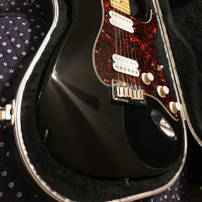 Fender Big Apple Stratocaster with Maple Fretboard 1997 - 2000 Black for sale