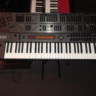 Roland JD-800 - Legendary vintage digital synthesizer + 2 Library ROM Card sets (No red glue)