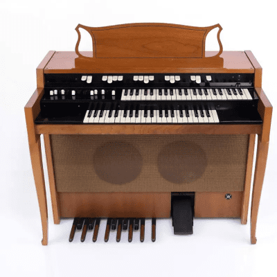 Hammond L100 Series Organ 1961 - 1972