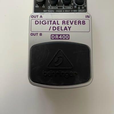 Behringer DR400 Digital Reverb / Delay Stereo Echo Guitar Effect Pedal