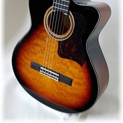 Dillion Classical / electric ,Dark Sunburst with quilt top for sale