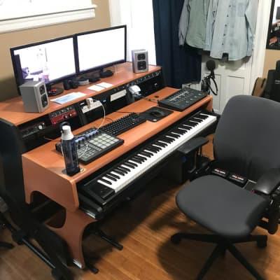 Zaor MIZA 88 XL Recording Studio Desk Cherry