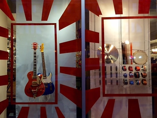 Centerfold Clear Acrylic Guitar Stand Centerfold Stands