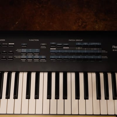Roland JV-90 Expandable Synthesizer w/ Roland SR-JV80-04 Vintage Synth Expansion Board