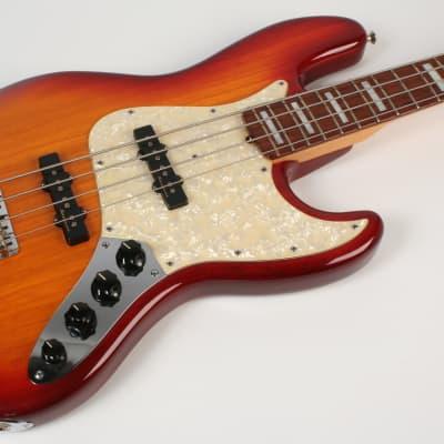 Fender Custom Shop Classic Jazz Bass Cherry Burst for sale