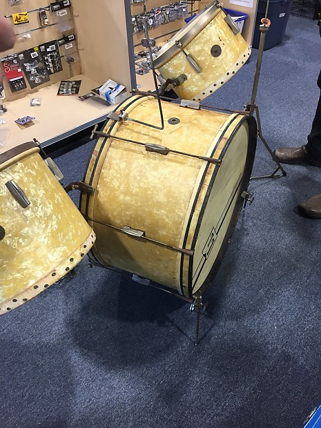 Dating vintage gretsch trommer