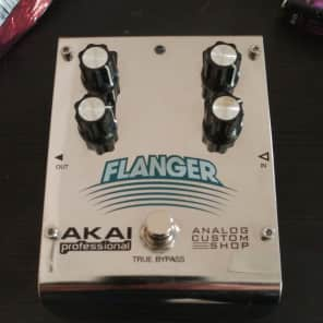Akai Professional Analog Custom Shop Flanger