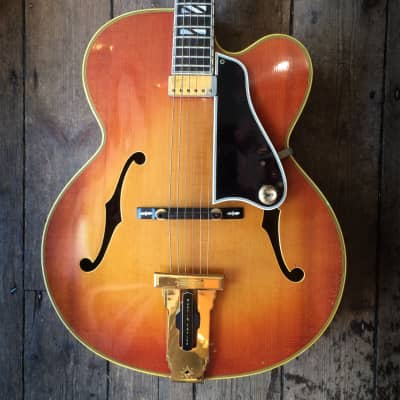 1971 Gibson Johnny Smith Sunburst finish Ex Martin Taylor comes with hard shell case for sale