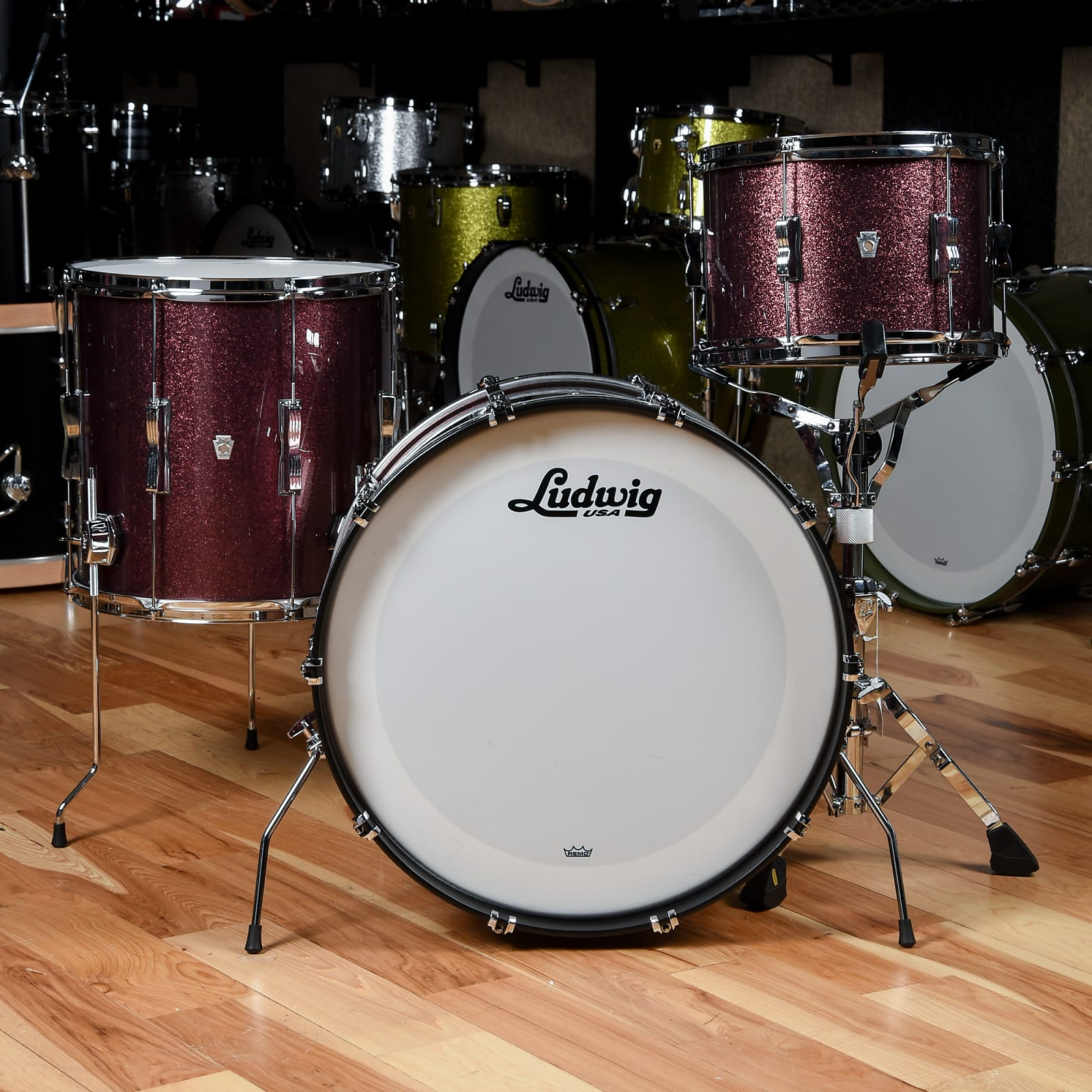 Ludwig Club Date 13/16/22 3pc. Drum Kit Burgundy Mist w/Bowtie Lugs & White Interior (CDE Exclusive)