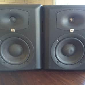 """JBL LSR6328P 8"""" Powered 2-Way Studio Monitor (Pair)"""