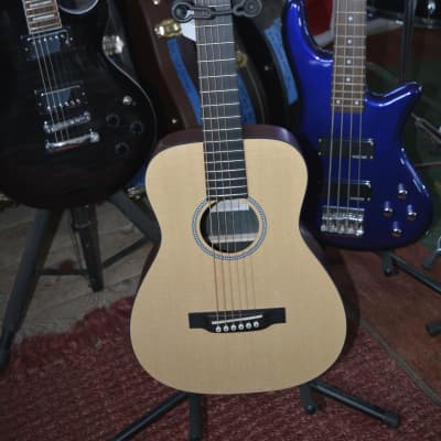 Martin LXM Little Martin Acoustic Guitar in Natural w/Martin heavily padded gig bag