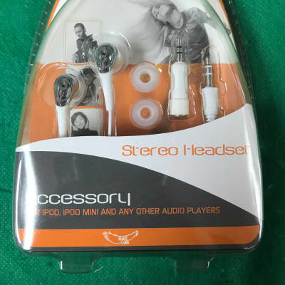 New Sky KH-99 White Stereo Earphones For Ipod, Cell Phone And Other Audio Players Lightweight