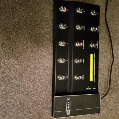 Line 6 Bass Pod XT Pro Black 2010s