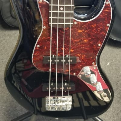 Nashville GUITAR Works Bass  Black