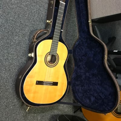 Kamouraska COLLECTION vintage (pre- godin)Classical Guitar made in Canada 1970s excellent with original hard case for sale