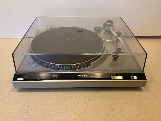 Technics SL-3200 Direct Drive Turntable - Ortofon Cartridge