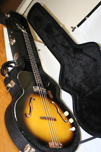 vintage harmony h22 electric bass guitar 1960s this is reverb. Black Bedroom Furniture Sets. Home Design Ideas