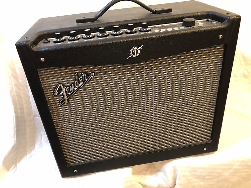 fender mustang iii v 2 100 watt 1x12 w 2 button foot reverb. Black Bedroom Furniture Sets. Home Design Ideas